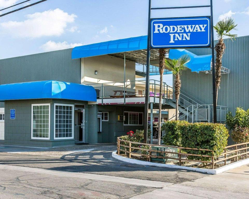 More about Rodeway Inn Downtown Hanford