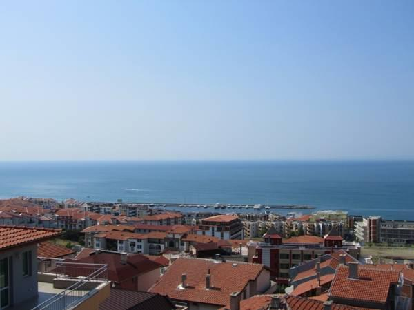 Suite mit 1 Schlafzimmer und Balkon mit Meerblick (One-Bedroom Suite with Balcony with Sea View)