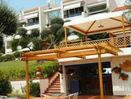 Family Apartment, 1 Bedroom, Partial Sea View