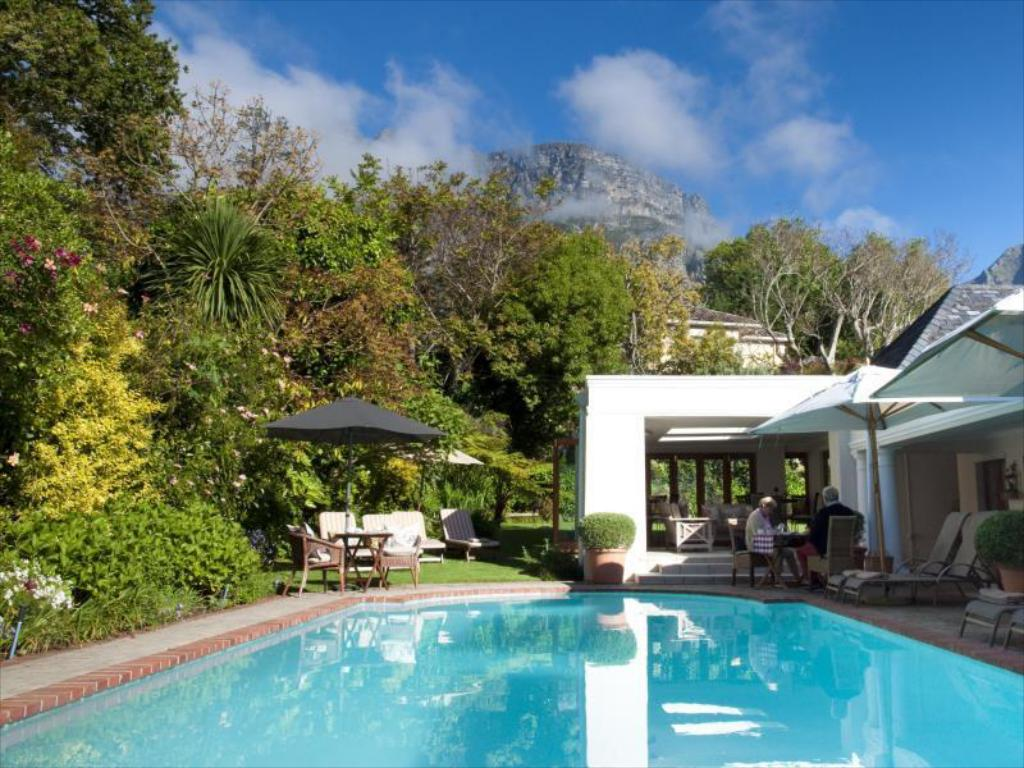 choisir officiel bon service prix plancher Fernwood Manor Boutique Guest House, Cape Town, South Africa ...