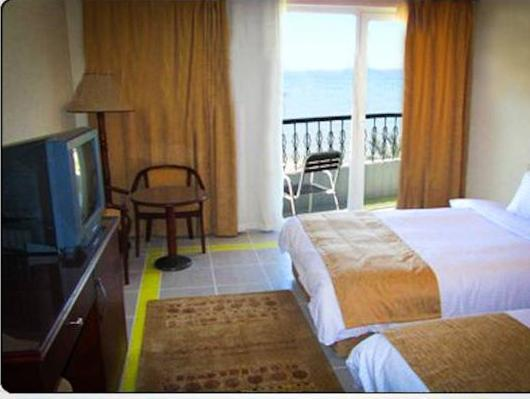 Standard Double Room with Extra Bed and Sea View