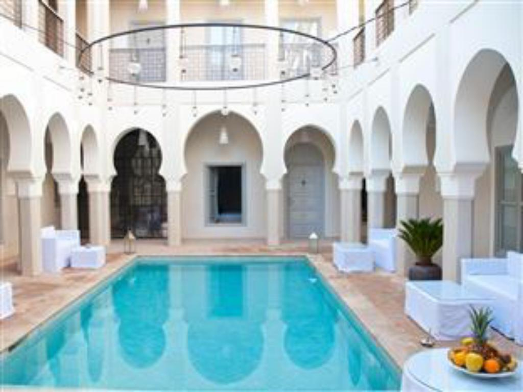 Swimming pool Riad Nashira & Spa