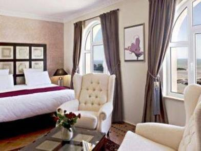 Akoya Suite (2 Adults)