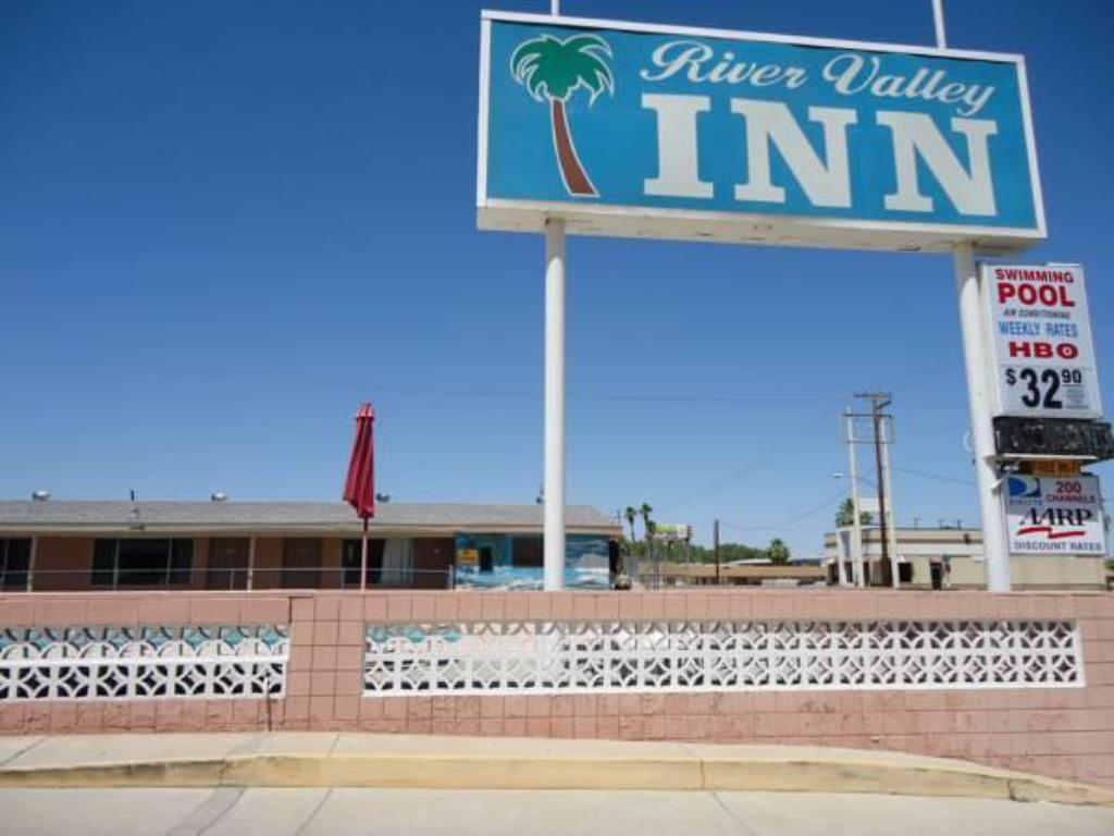 More about River Valley Inn