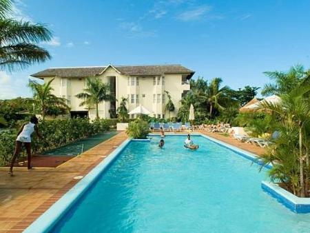 Zwembad Royal Decameron Club Caribbean Resort - ALL INCLUSIVE