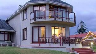 Sandbaai Country House