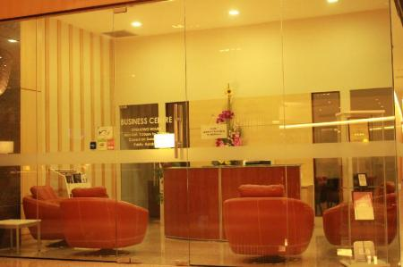 Business center Imperial Suites Serviced Apartment (Premier)