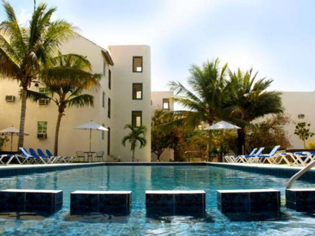 Swimming pool Santa Maria Hotel y Suites