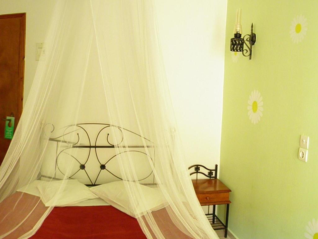 Double Room Mirsini Pension