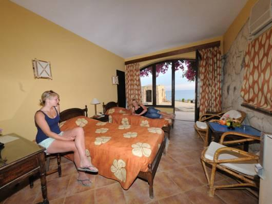 Suite com 1 Quarto (One-Bedroom Suite)