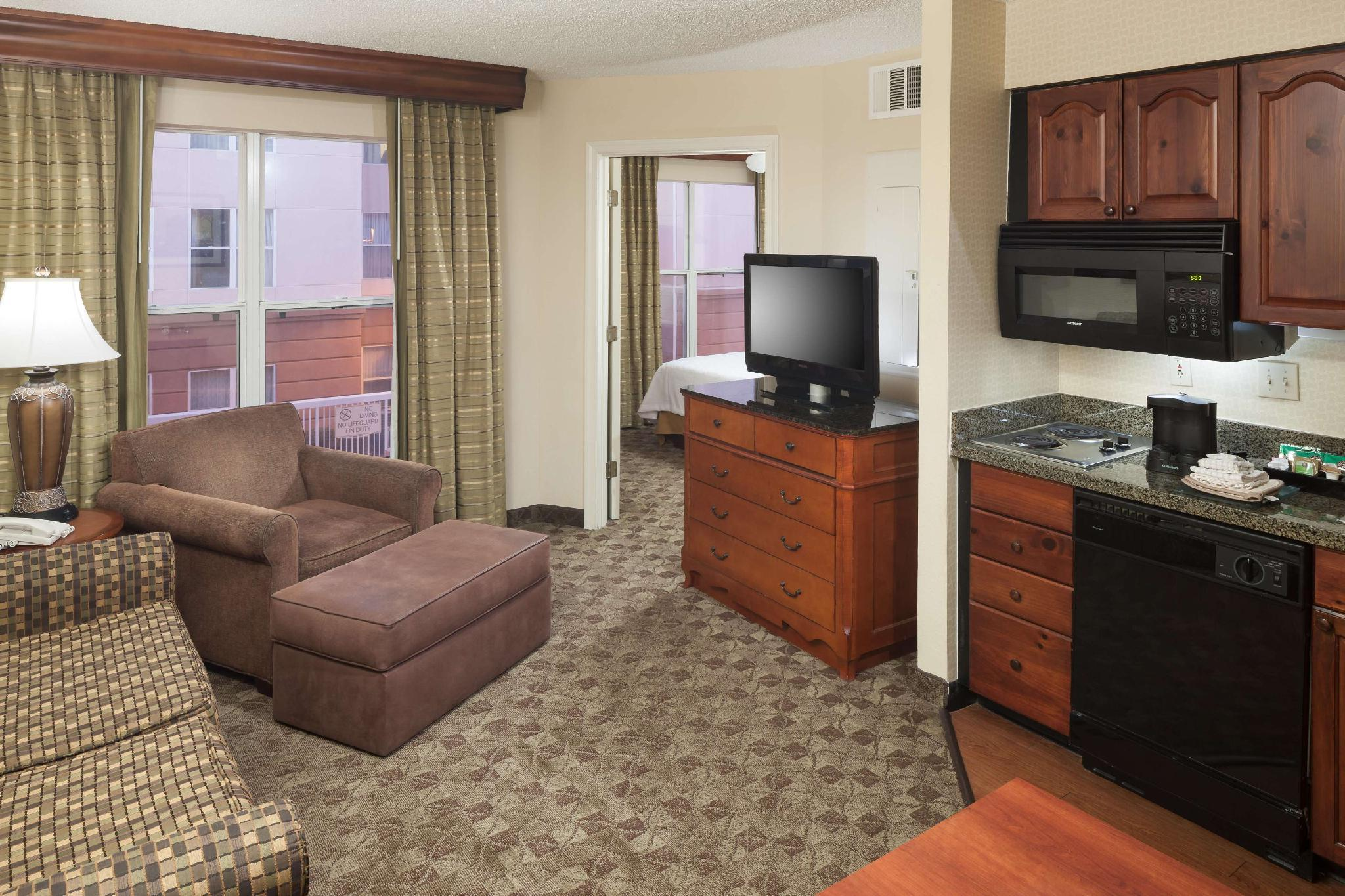 1 King 1 Bedroom Suite Non-Smoking