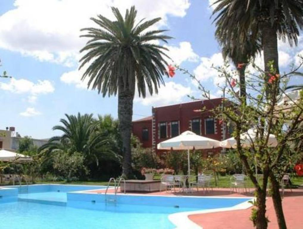Piscina Oasis Guesthouse