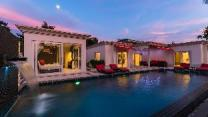 Luxury Pool Villa 54 / 4 BR 8-10 Persons