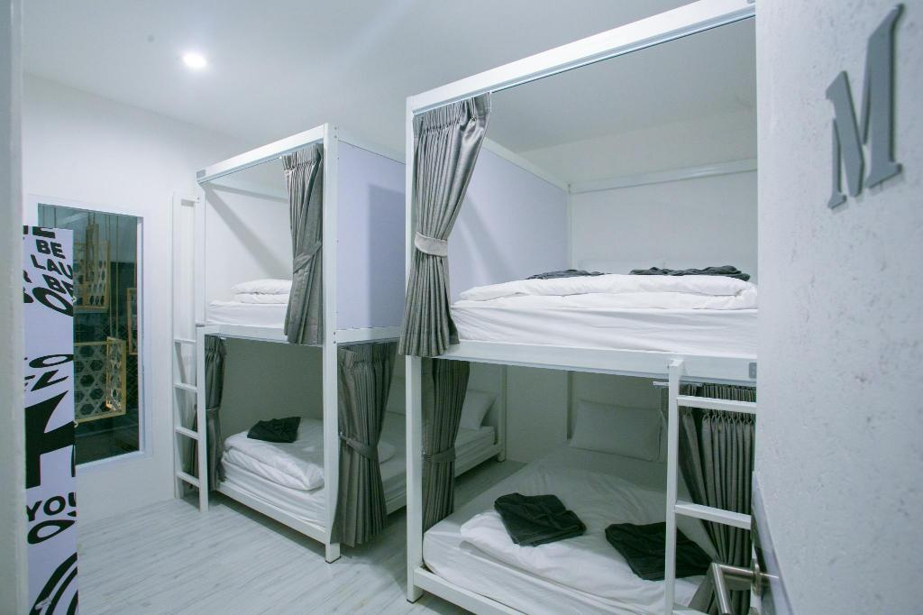 Queen Size Bunk Bed (Price per bed) - Bed The Street Hostel Koh Lipe