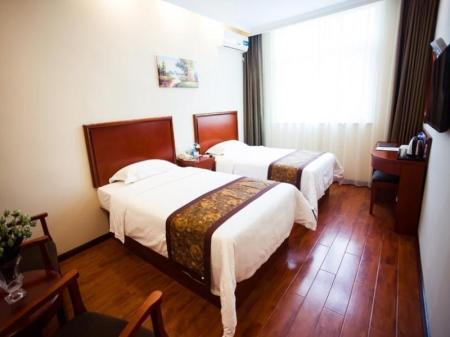 Standard Twin Room - Guestroom GreenTree Inn Zhengzhou Train Station Renmin Park Shell Hotel