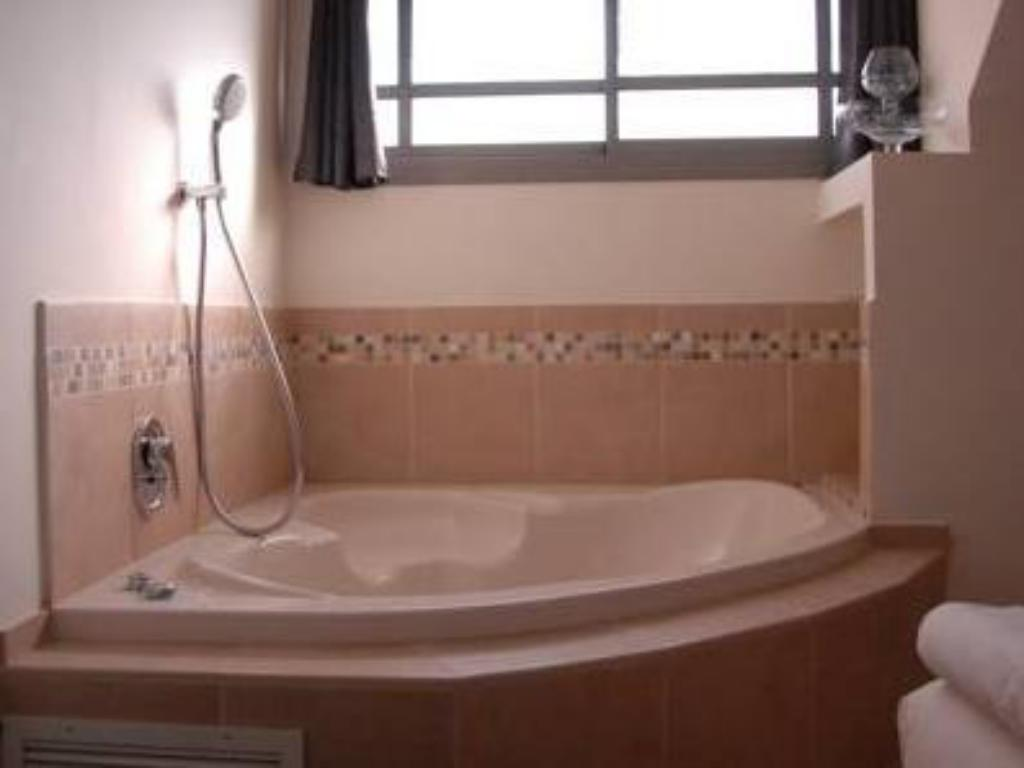Apartament 2 Habitacions (2 Adults + 3 Nens) - Banyera Korin's At the Dead Sea