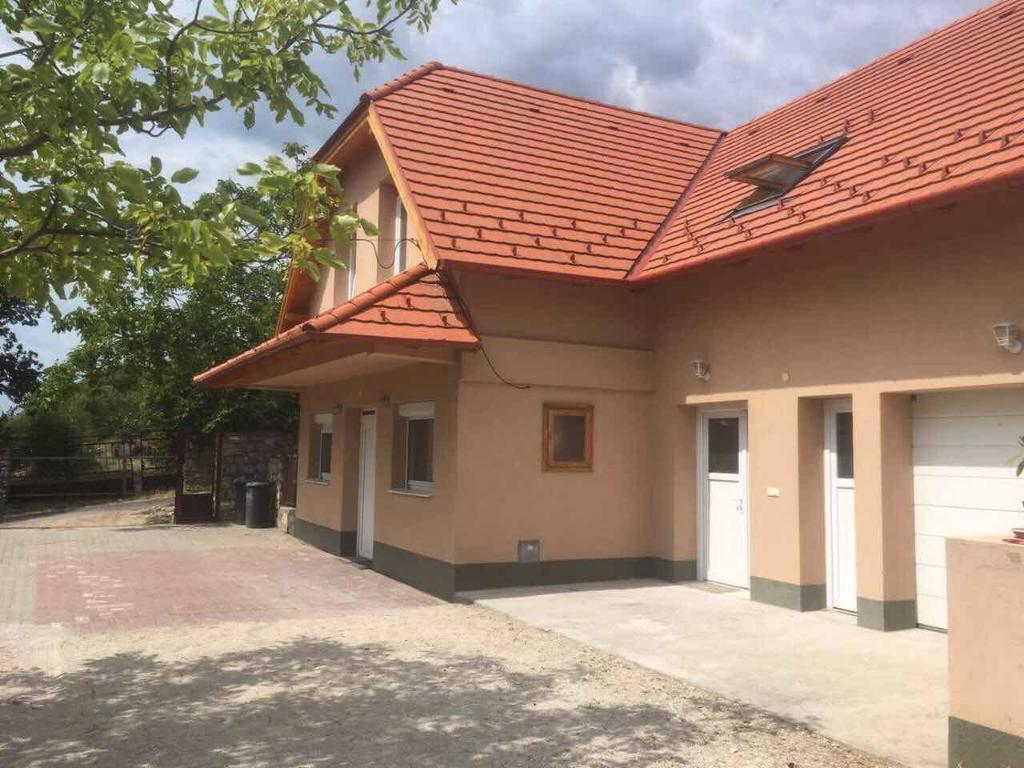 Balatonfured property with fantastic views