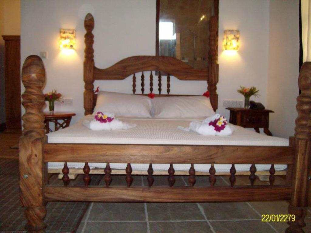 Suite (3 Adults) Langi Langi Beach Bungalows