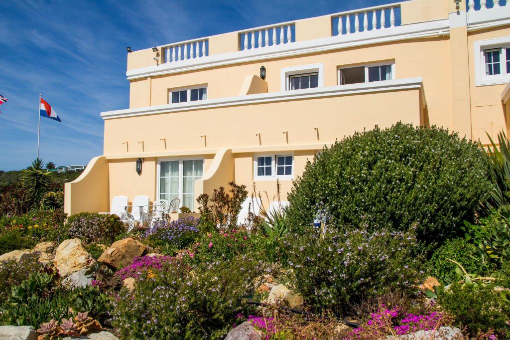 Exterior view Milkwood Manor on Sea Hotel
