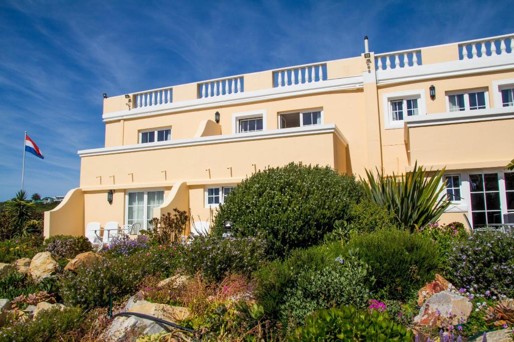Milkwood Manor on Sea Hotel