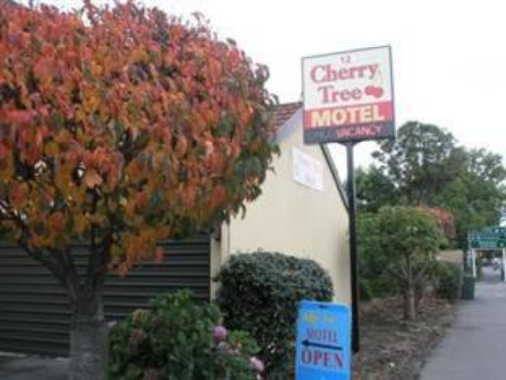 More about Cherry Tree Lodge Motel
