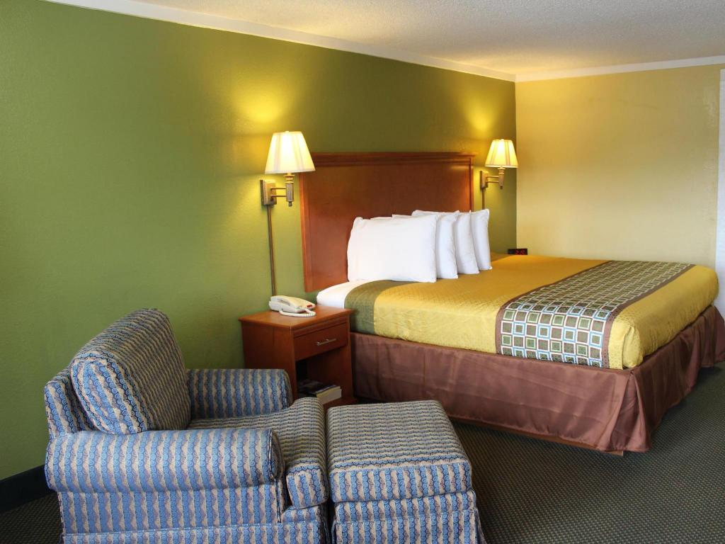 Americas Best Value Inn & Suites - Conyers, GA