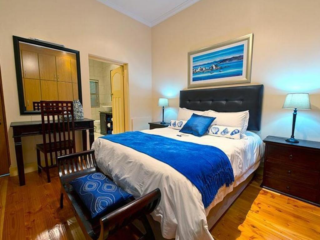 Standard Double Room 5 Aquamarine Guest House