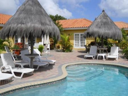 Basen Aruba Tropic Apartments