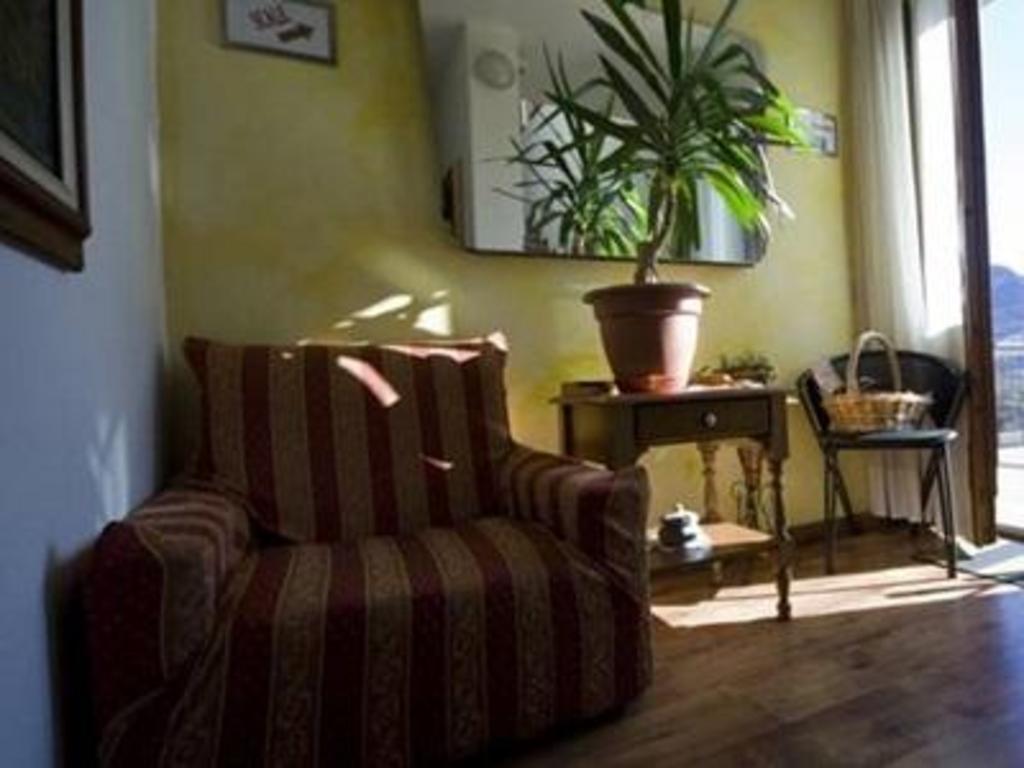 Ristrutturazione Casa Roma Prezzi b&b edelweiss guesthouse/bed and breakfast (castione della