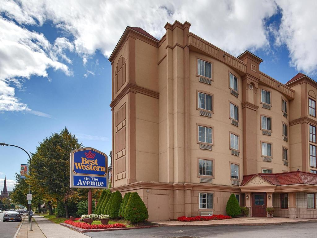 Best Western On The Avenue in Buffalo (NY) - Room Deals, Photos ...