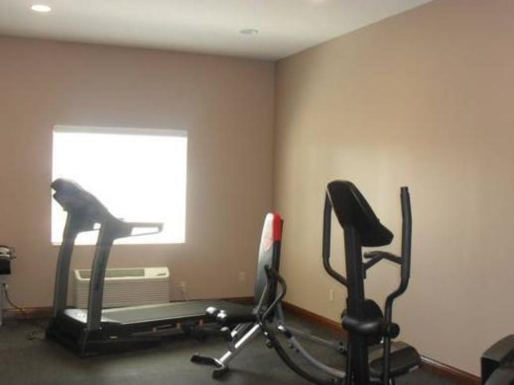Fitness center Bell's Extended Stay and Suites
