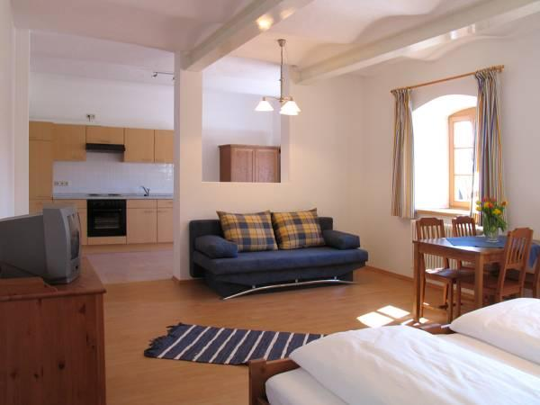 Apartament amb terrassa (Apartment with Terrace)