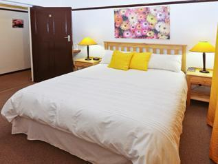 Queen Room 8 En-suite