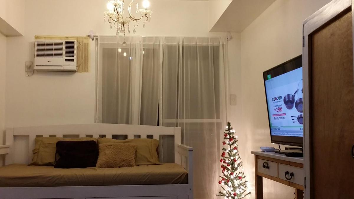 Stellar Place Condominium By Martrel S Studio Unit Entire Apartment Manila Deals Photos Reviews
