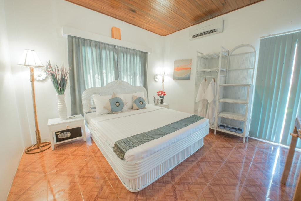 Lavender Angkor Boutique In Siem Reap Room Deals Photos