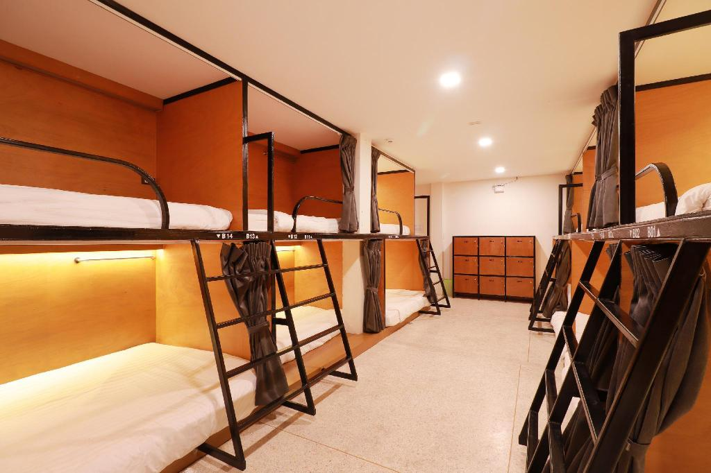 Le Light House and Hostel | Chiang Mai 2020 UPDATED DEALS $5, HD ...