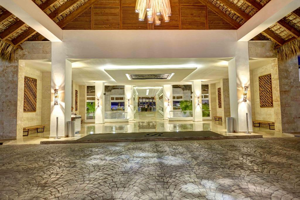 Лобби Hideaway at Royalton Punta Cana - All Inclusive - ADULTS ONLY