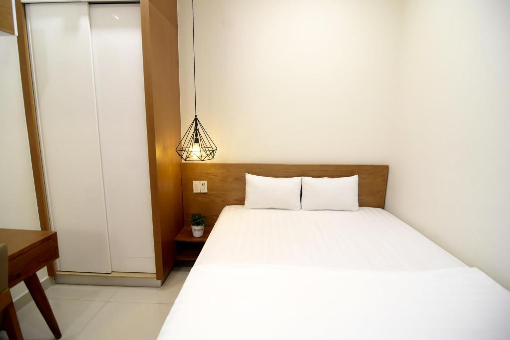 Best Price on City House Hoang Long 2-Bedroom Apartment in Ho Chi ...