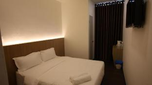 Place2Stay Business Hotel @ Metrocity
