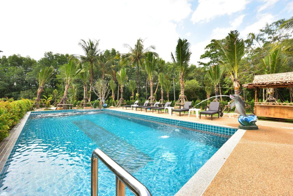 Swimming pool [outdoor] River Front Krabi Hotel