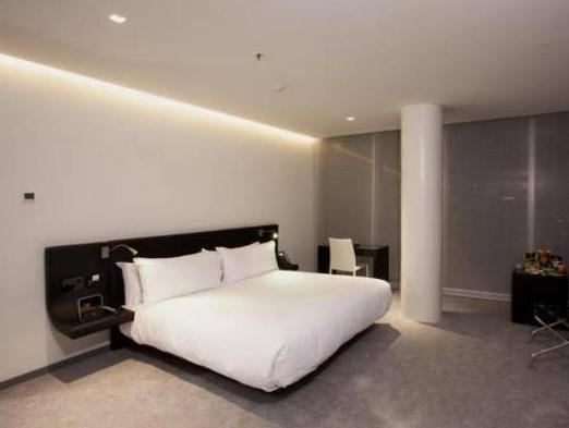 Superior Double Room (King size bed)
