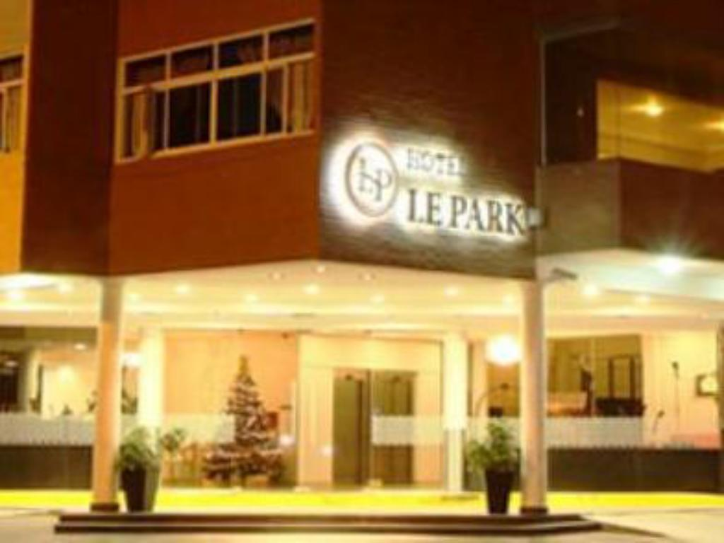 More about Hotel Lepark