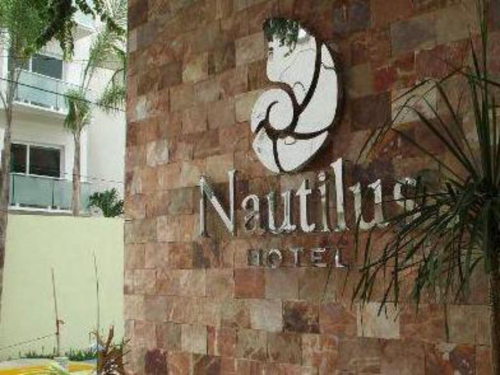 Entrance Hotel Nautilus