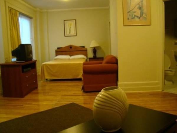 Best Price On Riviera Hotel In Newark (NJ) + Reviews!