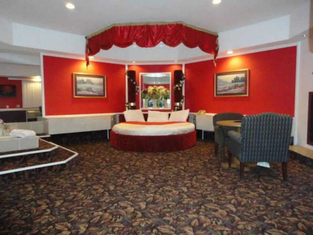 Inn of the dove in cherry hill nj room deals photos - Inn of the dove swimming pool suite ...