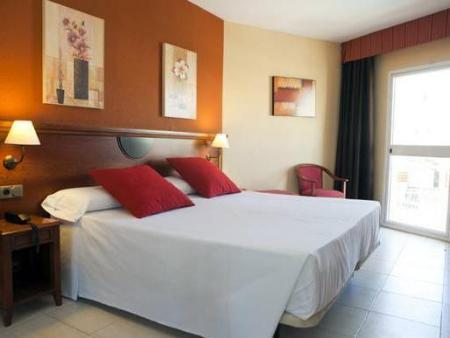 Double Room with Extra Bed (2 Adults + 1 Child) Itaca Fuengirola Hotel