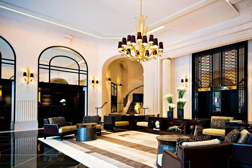 Lobby Prince de Galles, a Luxury Collection Hotel, Paris
