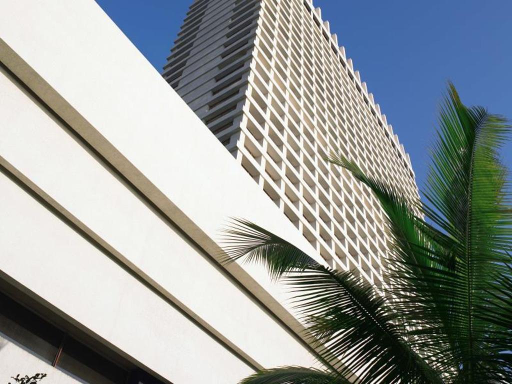 Trident Nariman Point Mumbai Hotel