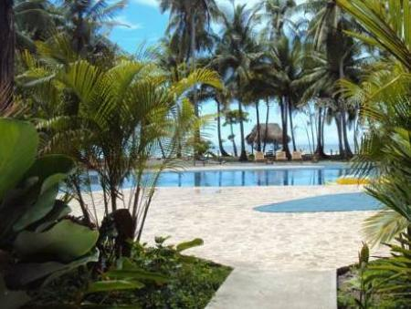 Swimming pool Clandestino Beach Resort