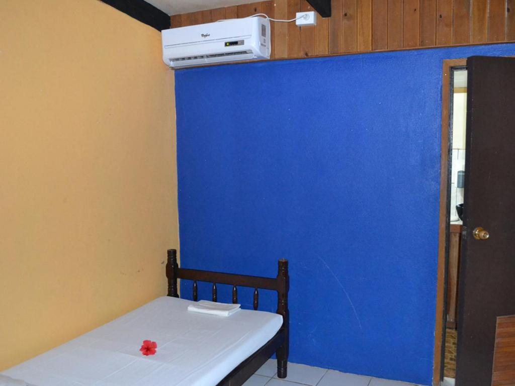 Dormitorio Misto con Aria Condizionata Ratu Kini Backpackers and Dive Resort